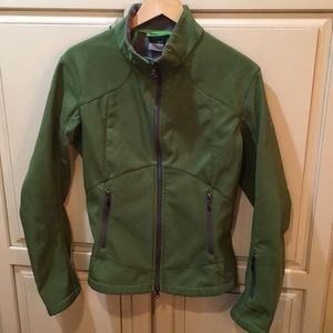 Nike soft shell jacket green L